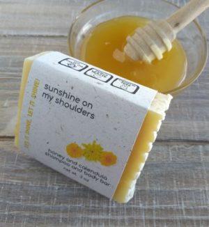 handmade-soap-honey-shampoo-bar